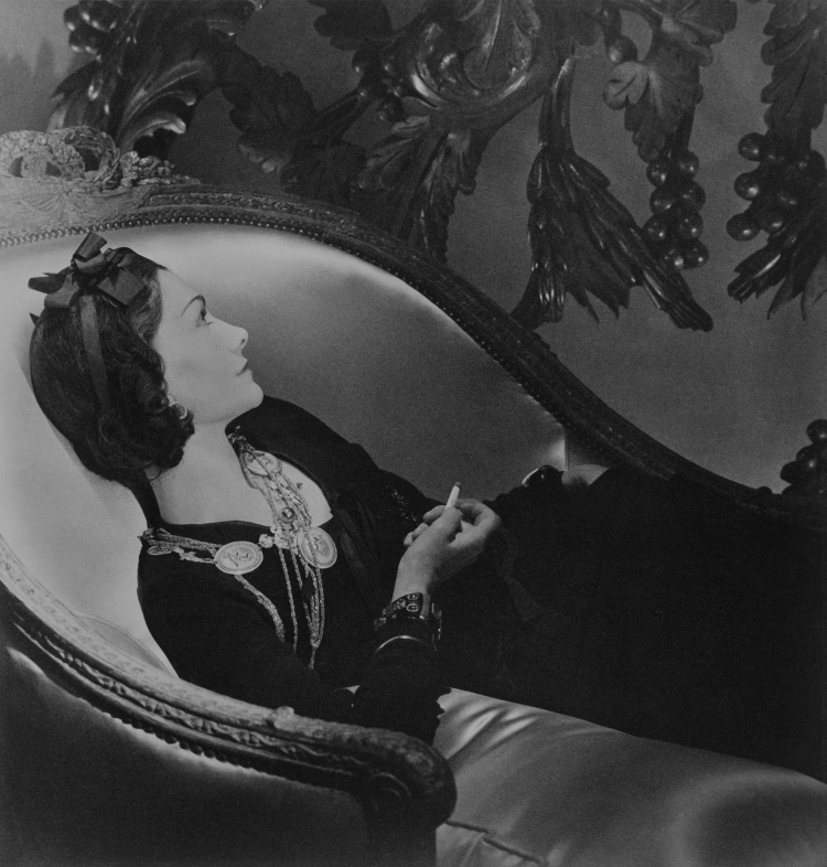 "Horst P. Horst ""Chanel, Paris, 1937"""